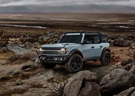Ford Bronco 4 Door 2021 1600 04