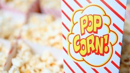 Backyard Cinema: Pulp Fiction y hamburguesas
