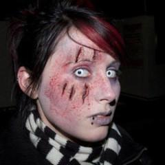 Foto 5 de 5 de la galería maquillaje-para-halloween-zombie en Trendenciasbelleza