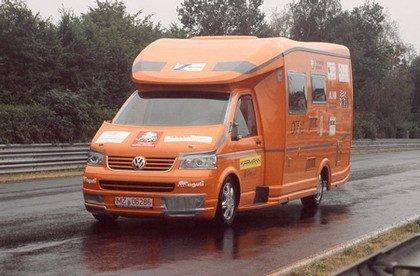 La caravana que recorre Nürburgring en 11 minutos