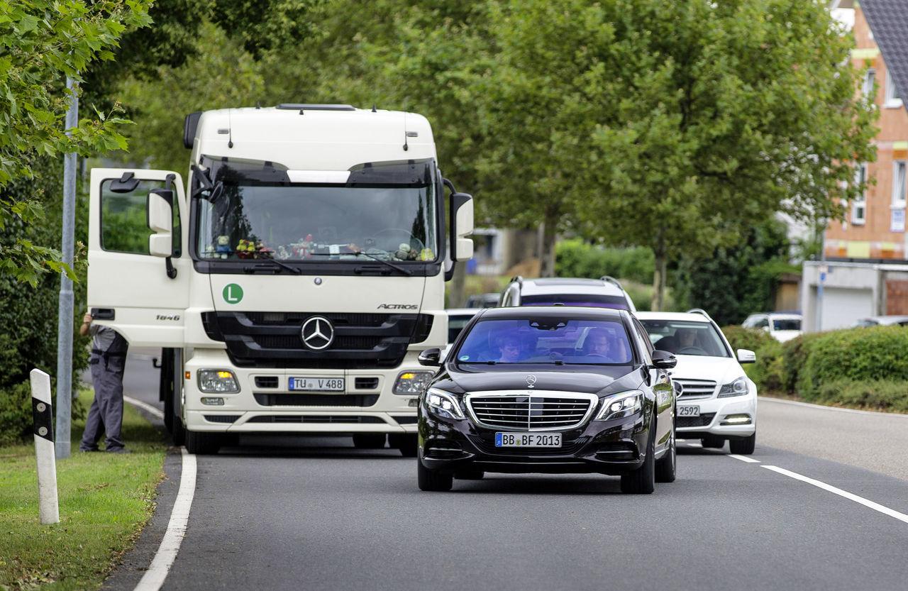 Foto de Mercedes Clase S 500 Intelligent Drive (3/6)