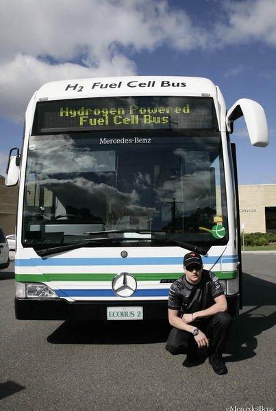 Kimi Raikkonen Conduciendo Bus Pila Combustible
