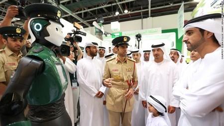 Dubai Robot Cop 3