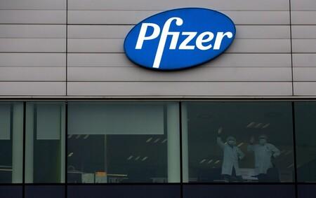 Vacuna Pfizer Aprobada Reino Unido