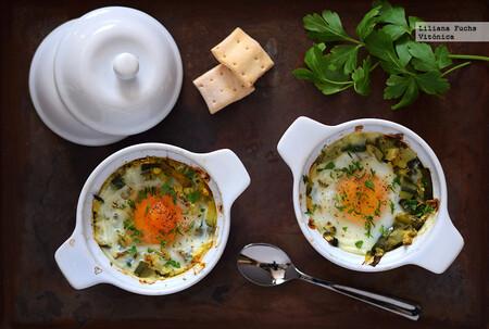 Huevos al horno con calabacín