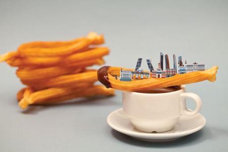 Paisajes de diferentes ciudades, con sus alimentos icónicos