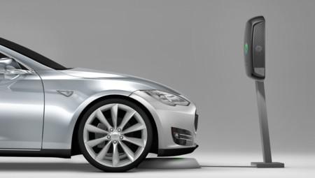 La recarga inalámbrica para el Tesla Model S estará disponible este mismo año