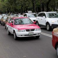 Taxistas de México y España crean frente internacional contra Uber y Cabify