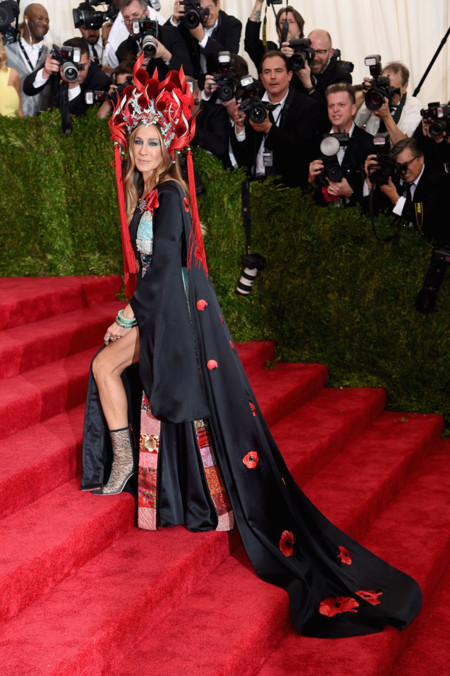 Sarah Jessica Parker In Custom Made H M Met Gala 2015
