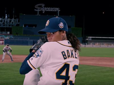 'Pitch' se presenta como un drama ambicioso y prometedor (si abandona los clichés)