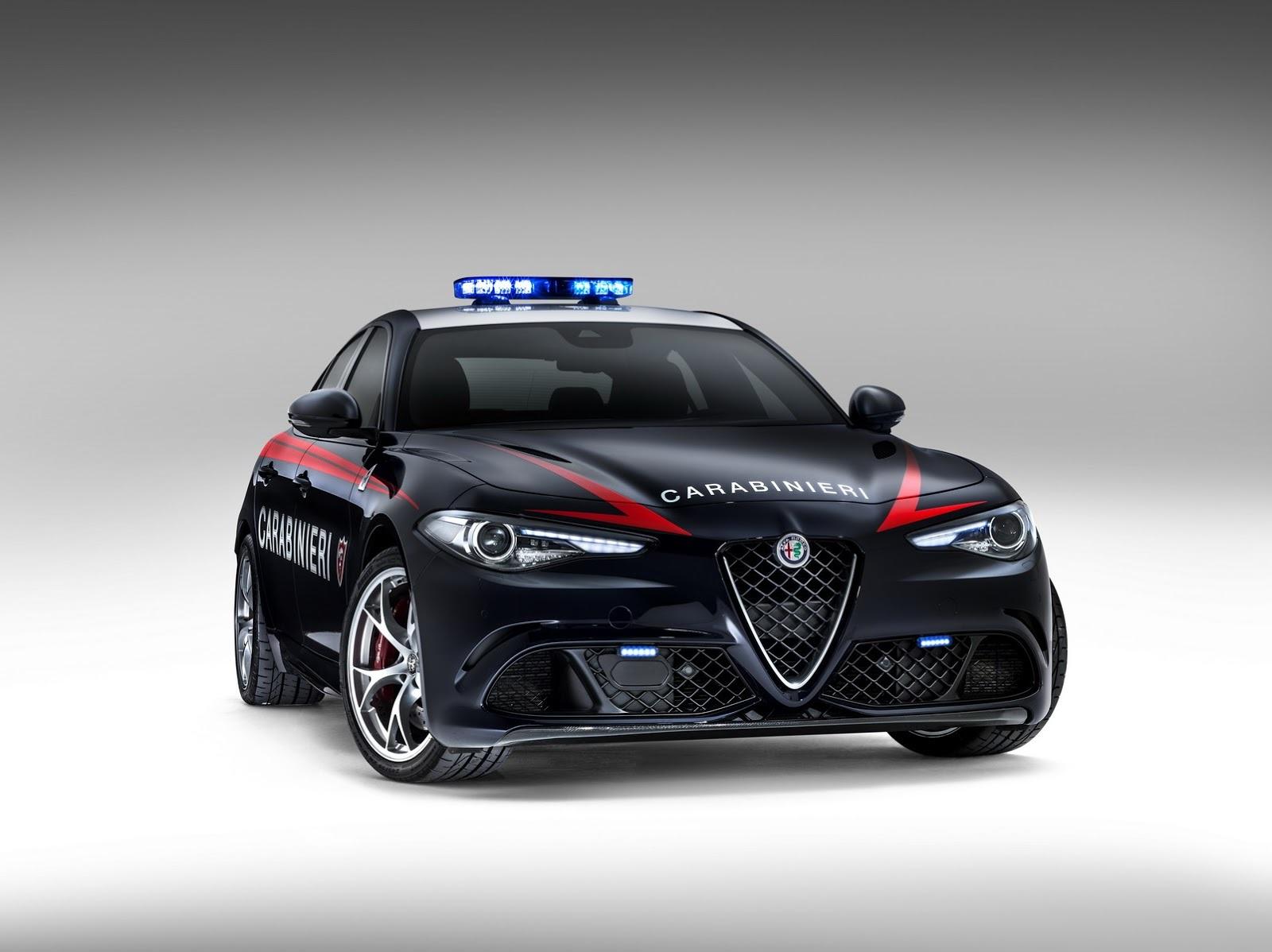 Foto de Alfa Romeo Giulia QV Carabinieri (1/32)