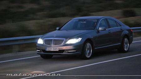Tricomparativa de berlinas Premium híbridas: Mercedes S 400 BlueHYBRID (con vídeo)