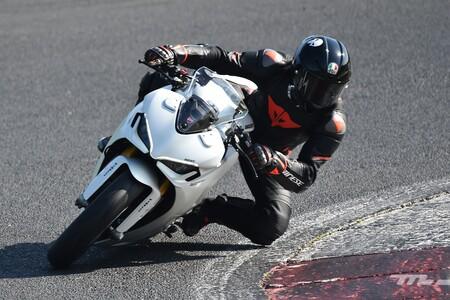Ducati Supersport 950 2021 Prueba 002
