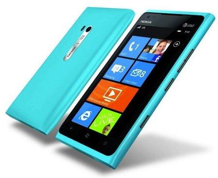 Lumia 900 cyan