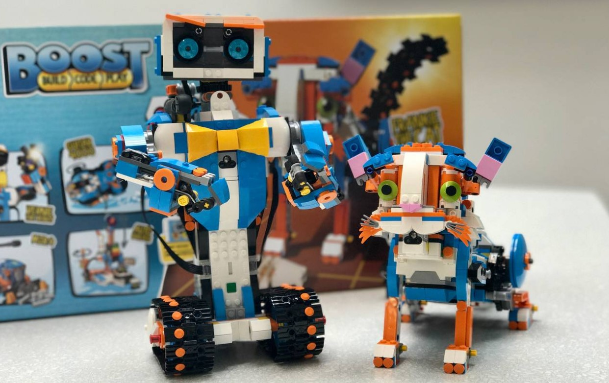 Lego boost es el sistema de motores sensores y c digo que - Construcciones de lego para ninos ...