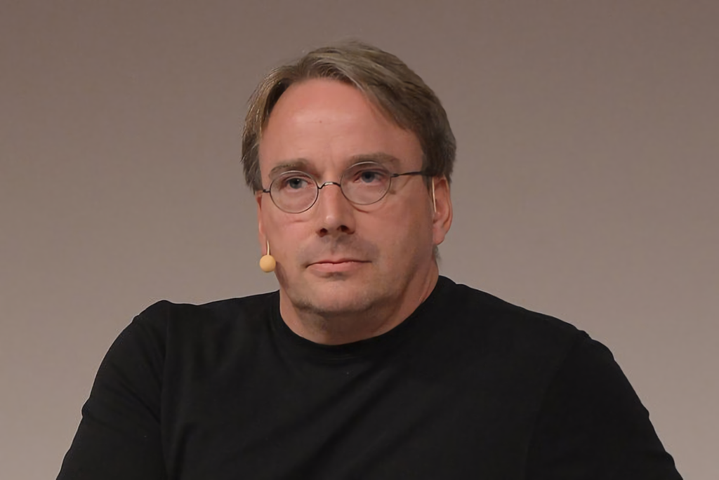 Linus Torlvalds se toma un descanso de Linux para intentar arreglar su propio comportamiento