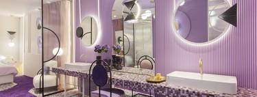 Cinco propuestas decorativas que combinan molduras y papel pintado en Marbella Design