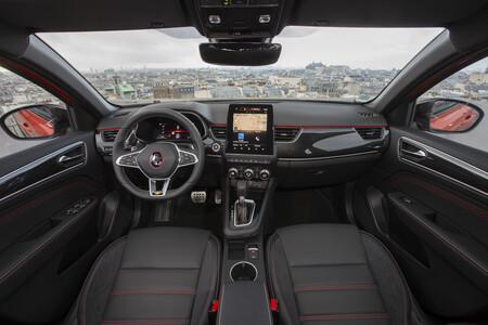 Renault Arkana 2021 Interior
