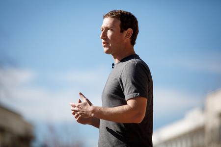 Los resultados de Facebook superan las expectativas, pero su crecimiento en ingresos sigue disminuyendo