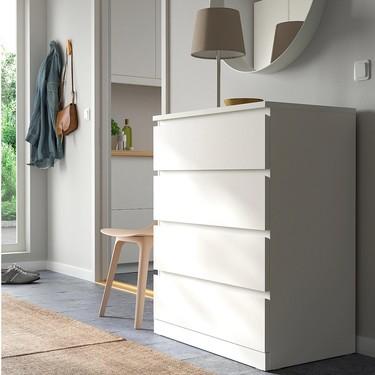 ¿Tienes una cómoda Malm de Ikea en casa? Personalízala y dale un aire nuevo con muy poco esfuerzo