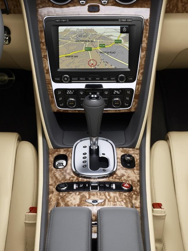 Foto de Bentley Continental GTC (11/12)