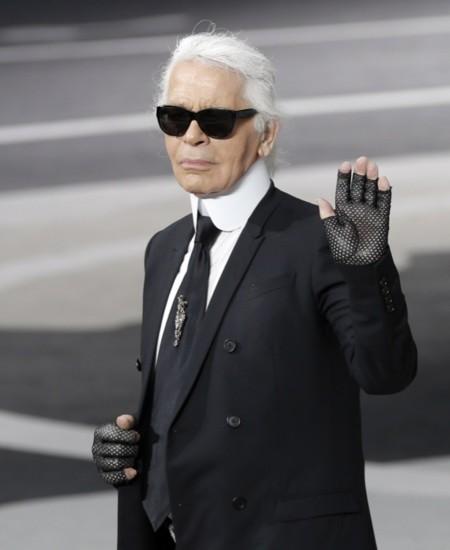 ¿Karl Lagerfeld el Papa de la moda? Eso piensan en Alemania
