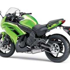Foto 49 de 52 de la galería kawasaki-er-6f-2012-version-carenada-y-mas-agresiva en Motorpasion Moto