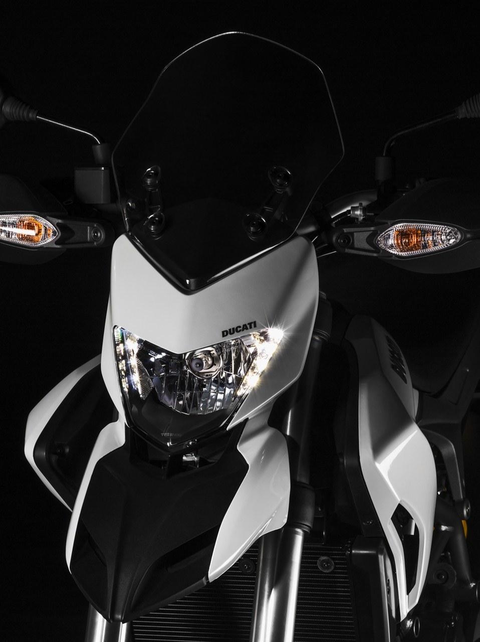 Foto de Ducati Hypermotard, Hypermotard SP e Hyperstrada (8/19)