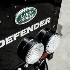 Foto 9 de 10 de la galería land-rover-defender-svx en Usedpickuptrucksforsale