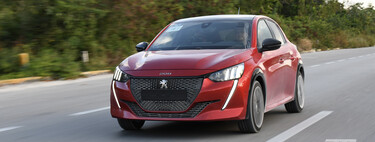 Peugeot 208 2022, al volante del hatchback que saca las garras frente a los premium (+ video)