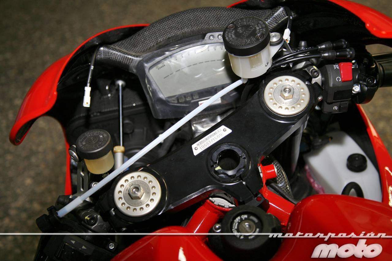 Foto de Ducati Desmosedici RR, toma de contacto (prueba dinámica y galería de fotos) (28/55)