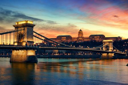 Puente De Las Cadenas Budapest Hungria