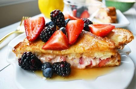Pan francés relleno. Receta para el desayuno