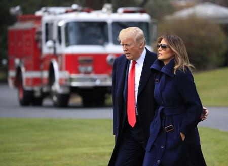 Si tu mente está saturada es posible que el outfit de Melania Trump inspire tu día a día