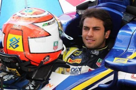 Bernie Ecclestone propone a Felipe Nasr como piloto de Toro Rosso