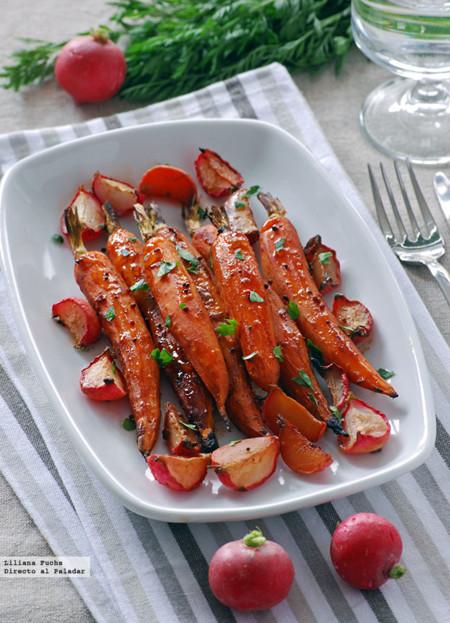 Zanahorias y rabanitos glaseados al horno. Receta de guarnición