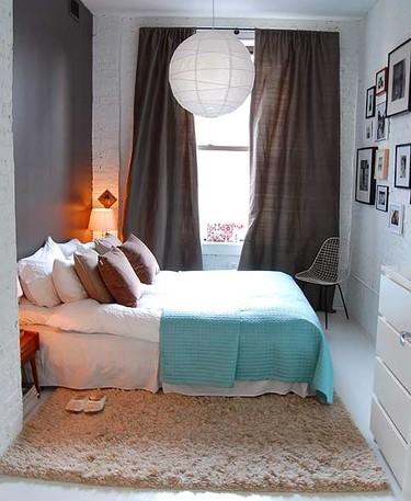 Puertas abiertas: decorando un dormitorio con poco espacio