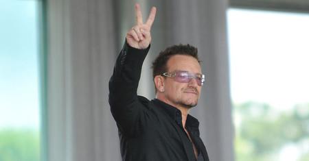 """Hemos intentado elegir un sólo titular para contar que Bono es """"mujer del año"""", pero no hemos podido"""