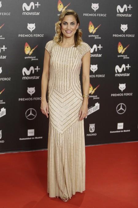 premios feroz alfombra roja look estilismo outfit Toni Acosta