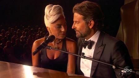 """Nos rompen el corazón: la tensión entre Lady Gaga y Bradley Cooper en los Óscar fue una actuación planificada """"meticulosamente"""""""