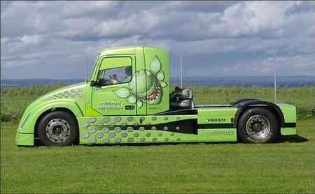 Mean Green, el híbrido con el que Volvo Trucks espera volver a batir el récord de velocidad de camiones