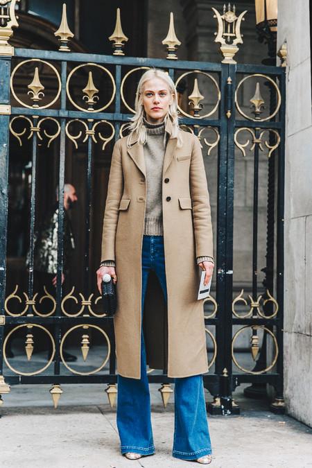 Pfw Paris Fashion Week Fall 2016 Street Style Collage Vintage Stella Mccartney Model Camel Jeans 4