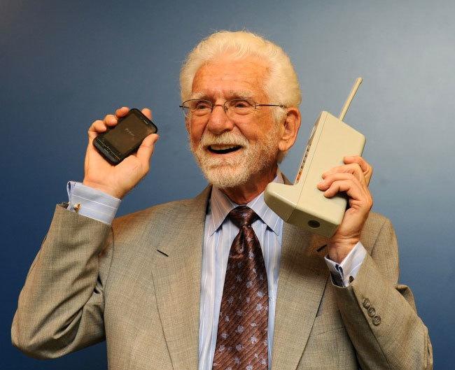 Martin Cooper Smartphone Dynatac