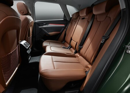 Audi Q5 2021 1600 30