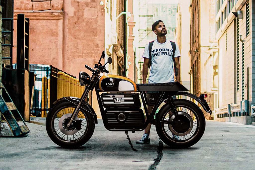 RGNT NO.1: una moto eléctrica que se puede llevar sin carnet y tiene 150 km de autonomía, por 10.500 euros