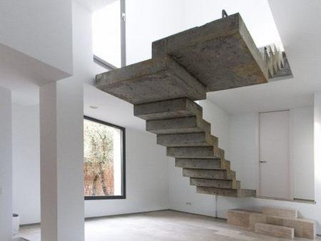Cuando el lujo es el espacio baton y sus proyectos for Escalera de hormigon con descanso
