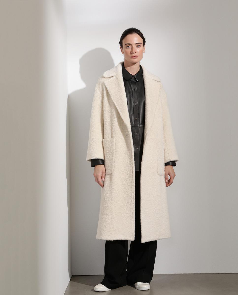 Abrigo largo de mujer con lana