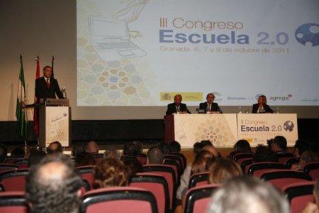 Andalucía abandona el plan Escuela 2.0 [Por Ángel Vázquez]