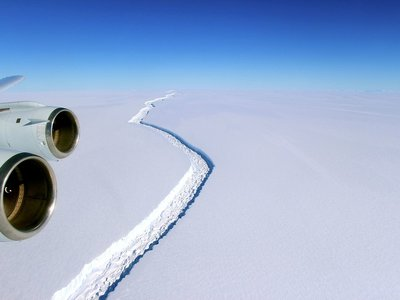 Si la próxima vez que vayas al mar encuentras un iceberg del tamaño de La Rioja, no te sorprendas: es la Antártida derritiéndose