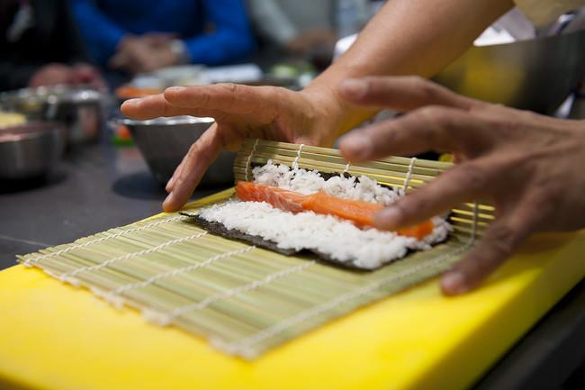 Haciendo sushi